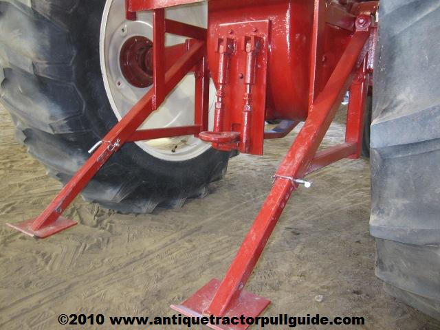 Farmall IHC Hitches « Antique Tractor Pull Guide